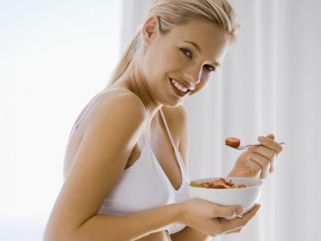 kobieta, ciąża, odżywianie, sałatka