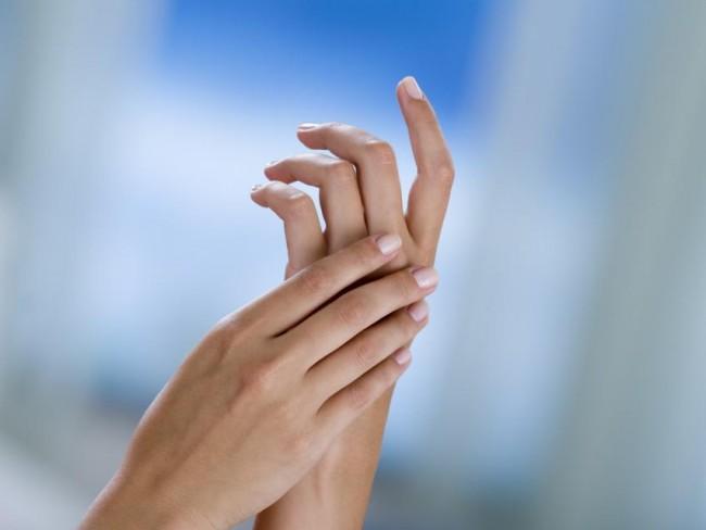 dłonie, pielęgnacja, sucha skóra