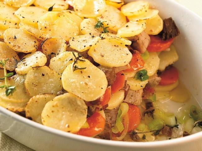 Francuska zapiekanka warzywna Przepisy  Dania główne  Kuchnia  Polki pl -> Kuchnia Francuska Tradycyjne Dania