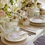 Jak udekorować stół komunijny?