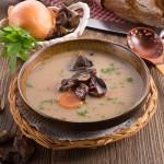 Aromatyczna zupa z maślaków