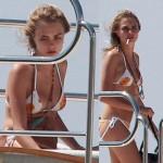 Gwiazdy w bikini! Cara Delevingne świętuje urodziny na jachcie