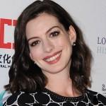 Te zdjęcia dowodzą, że Anne Hathaway będzie PRZEPIĘKNĄ mamą!