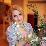 """Apetyczna Katarzyna Bosacka w kobiecej sesji dla """"Vivy!"""""""