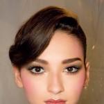 Mocny makijaż brwi