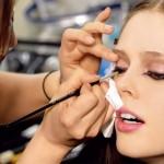 Jak przedłużyć makijaż