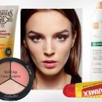 7 kosmetyków, które zawsze powinnaś mieć w torebce