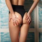Idealny brzuch, uda i pośladki