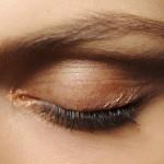 Słoneczny makijaż oczu