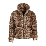 Modne płaszcze i kurtki z H&M