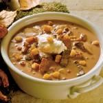 Grzybowa zupa z grzankami