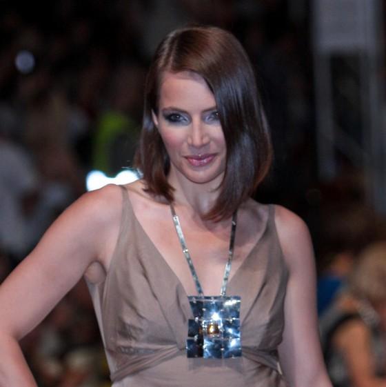 Fryzury - włosy średniej długości