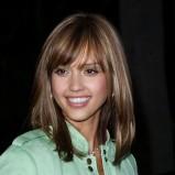 Makijaż i fryzura - Jessica Alba