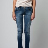 Spodnie i legginsy firmy Bershka na sezon wiosna/lato 2012