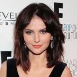 Fryzury średnie włosy