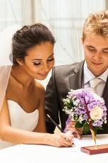 Zmiana nazwiska po ślubie. Sprawdź, jakie masz możliwości!