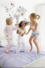 Urocze dekoracje do pokoju dziecięcego - Dekornik
