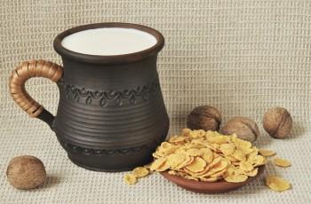 Mleko orzechowe - cenny napój