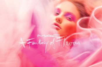 "Makijaż MAC ""Fantasy of Flowers"""
