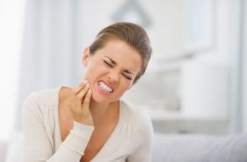 Przyczyny nadwrażliwości zębów