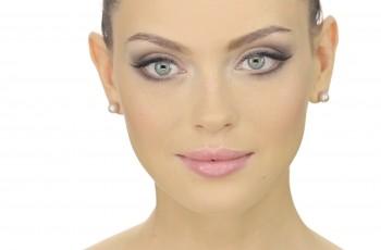 Jak dobrać i wykonać ślubny makijaż?