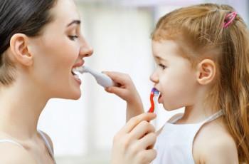 Zabawy pomocne przy myciu zębów