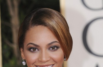 Fryzury gwiazd Hollywood - włosy długie