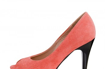 Nessi - kolekcja obuwia na wiosnę i lato 2012