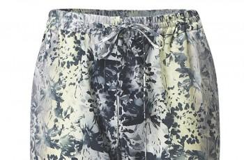 Spodnie dla kobiet od  H&M na lato 2012