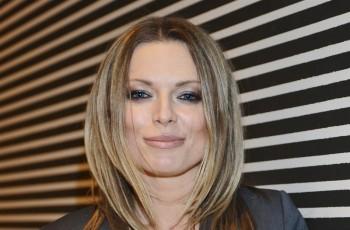 Fryzury gwiazd - włosy średniej długości
