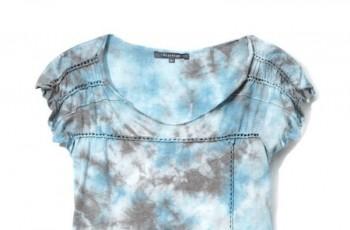 Bluzeczki i topy Reserved na wiosnę i lato 2010