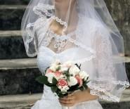 Wyjątkowa, bardzo lekka suknia ślubna (kolekcja 2015)