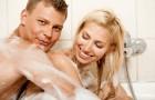 Zmysłowa kąpiel we dwoje - relaks i gra wstępna w jednym!
