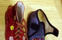 Buty na sznurowadła czy rzepy?