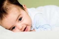 Czy po mleku bebilon pepti występują kolki?