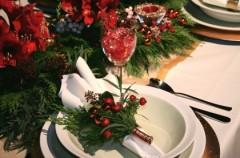 Jak udekorować stół świąteczny?