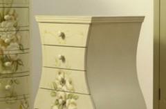 Jak starą komodę przemienić w stylowy mebel?