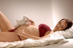 Bóle podbrzusza w 8. tygodniu ciąży