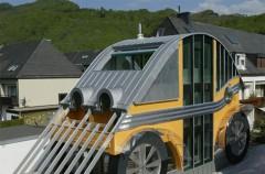 Austriacki dom - samochód