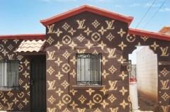 Dom z logo Louis Vuitton