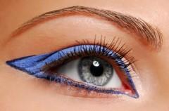 Makijaż w kolorze niebieskim - hit  na 2011 rok