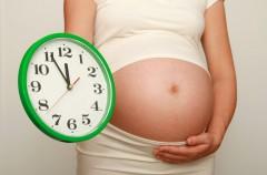 Luźne stolce w 9. miesiącu ciąży