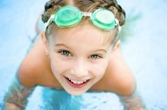 Wyjazd nad wodę z dzieckiem