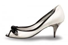 Kolekcja eleganckiego obuwia Geox dla kobiet