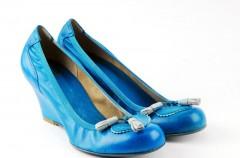 Wiosenno-letnia kolekcja obuwia Venezia w kolorze niebieskim
