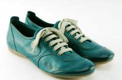 Turkusowa kolekcja obuwia Venezia wiosna-lato 2009