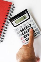 Kredyt refinansowy może, ale nie musi przynieść oszczędności