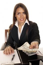Co lepsze - karta kredytowa czy kredyt gotówkowy?