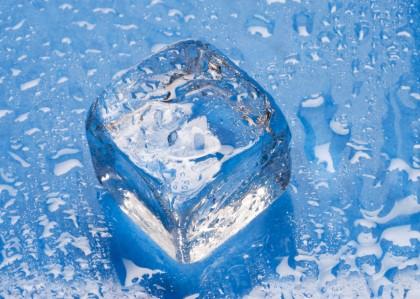 Znalezione obrazy dla zapytania kostki lodu gif