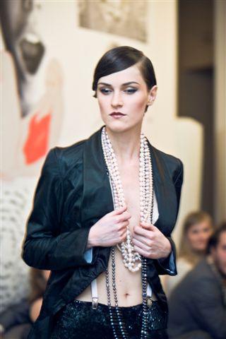 Moda międzywojenna na WFN 2009 - relacja